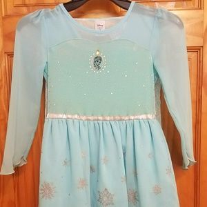Disney's jumping beans Elsa dress
